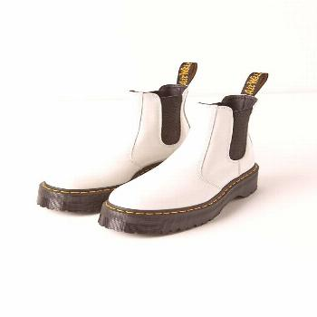 Dr. Martens 2976 Quad Chelsea Boot- Dr. Martens 2976 Quad Chelsea Boot   Urban Outfitters  -#80sFas