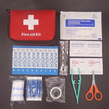 Hot Sale Family Emergency survival bag Mini First Aid Kit Sport Travel kits Home Medical Bag Outdoo