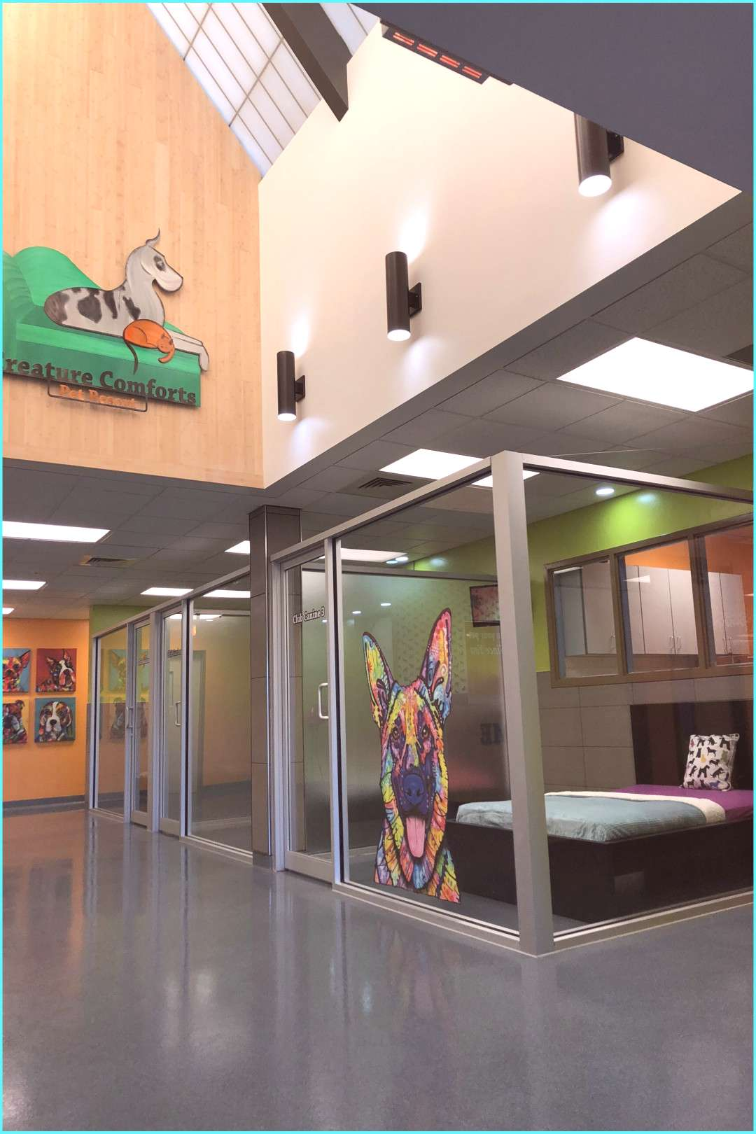 Lobby Suites in Creature Comforts Pet Resort | Dog Boarding Lobby | Dog Hotel | Dog Boarding ... Le
